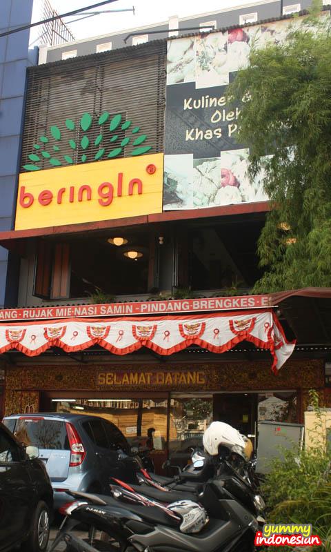 beringin store front