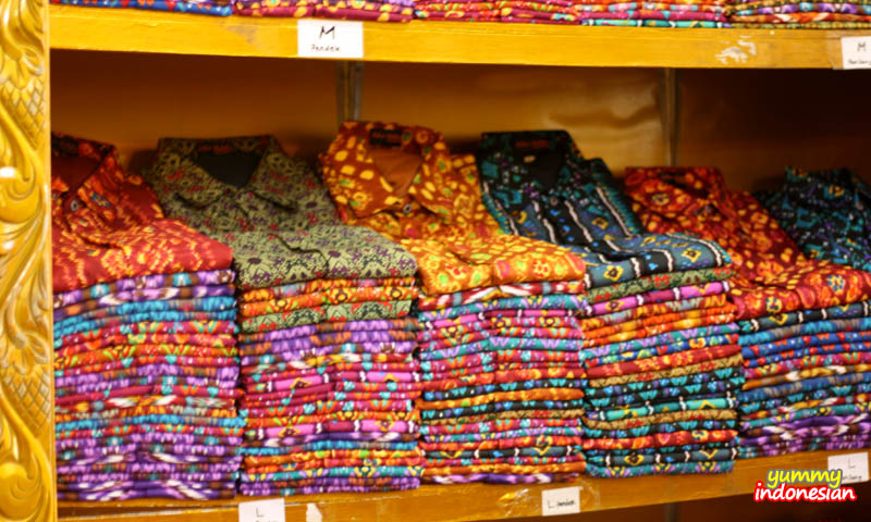 the colorful shirts in more details