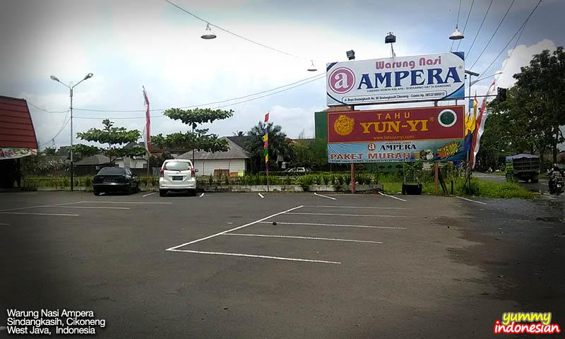 Warung Nasi Ampera road signage